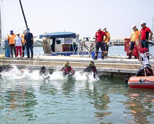 Mersin'de deniz dibi temizliği gerçekleştirildi