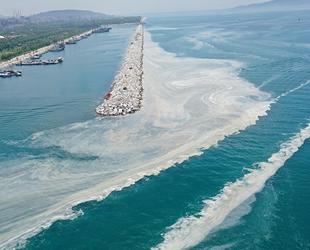 Marmara Denizi'ndeki müsilaj seferberliği sürüyor