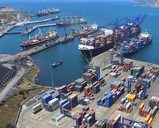 Aliağa limanlarına yılın ilk 5 ayında 2 bin 284 adet gemi yanaştı