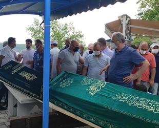 Beykoz'daki gemi kazasında ölen balıkçılar, son yolculuklarına uğurlandılar