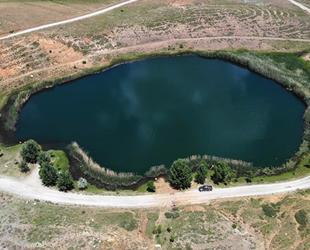 Toroslar'ın nazar boncuğu Dipsiz Göl, ziyaretçilerini bekliyor