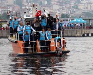 Marmara'ya nefes olacak cihazlar denize bırakıldı