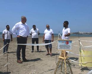 Karataş sahilinde carettalar için uyarıcı tabelalar dikildi