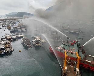 Hong Kong'da marinada çıkan yangında 16 adet tekne yandı