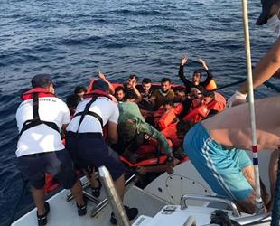 Didim açıklarında 40 düzensiz göçmen kurtarıldı