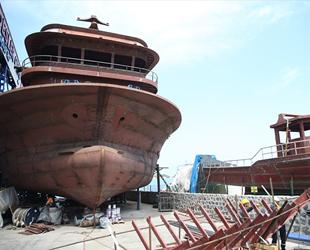 Karadeniz'de balıkçı tekneleri bakıma girdi