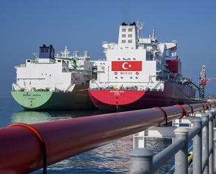 Ertuğrul Gazi FSRU gemisine ilk LNG nakli gerçekleştirildi