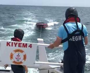 Fiber tekne, Marmara Adası açıklarında sürüklendi