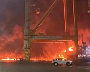 Cebel Ali Limanı'nda patlayan gemi, temizlik ürünleri taşıyordu