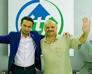 Mısır'da esir kalan Kaptan Vehbi Kara, Türkiye'ye döndü