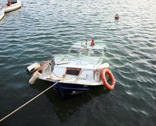 Mersin'de vincin devrilmesi sonucu tekne battı