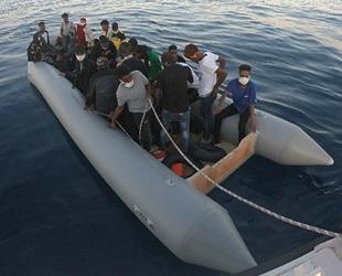 Dikili açıklarında31 düzensiz göçmen kurtarıldı
