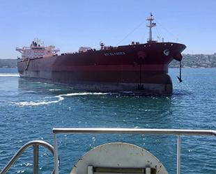 STI ELYSEES isimli tanker, İstanbul Boğazı'nda arızalandı