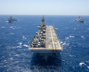 ABD Deniz Kuvvetleri tarihinde ilk kez bir kadın NSWC'ye katıldı