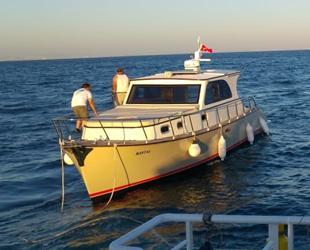 Avcılar açıklarında sürüklenen tekne kurtarıldı