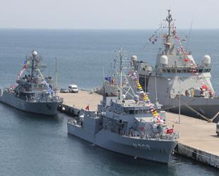 NATO gemileri, Sinop Limanı'na demir attı