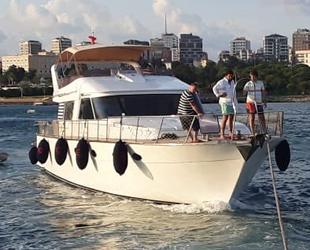 Fenerbahçe açıklarında makine arızası yapan tekne kurtarıldı