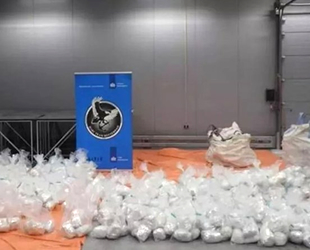 Rotterdam Limanı'nda 1 ton 760 kilogram kokain ele geçirildi