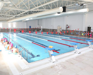 Eyüpsultan Belediyesi'nin ilk yüzme havuzu açıldı