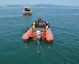 Kocaeli'de su altındaki İnönü Vapuru, müsilajdan temizlendi