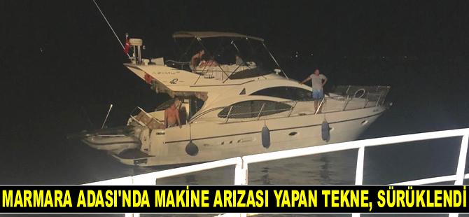 Marmara Adası'nda makine arızası yapan tekne, sürüklendi