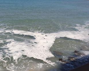 Karpaz kıyılarındaki kirlilik, vatandaşları tedirgin etti