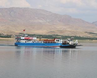 Malatya'da feribot yolculuğu ilgi görüyor