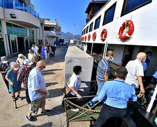 Bergama Vapuru, 65 yaş üzeri yolcular için sefere çıktı