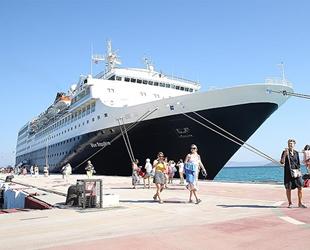 Ege Port Kuşadası, 2022 yılı için 650 adet gemi rezervasyonu aldı