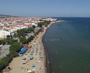 Tekirdağ'ın mavi bayraklı plajları tatilcileri cezbediyor