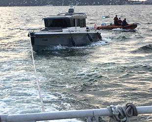 Kartal açıklarında sürüklenen tekne kurtarıldı