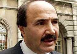 Mehmet Sevigen Kaptanoğlu'na çattı