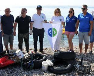 Antalya'da 'Uluslararası Kıyı Temizleme Etkinliği' gerçekleştirildi
