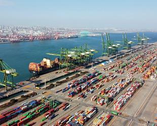 Çin'in 8 büyük konteyner limanı hacmi yüzde 4 arttı