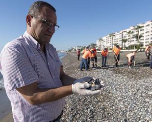 Suriye kaynaklı petrol atıkları, bu kez Erdemli sahilinde görüldü