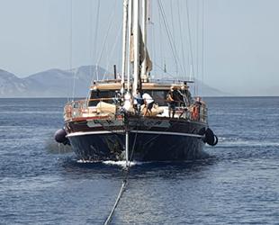 Kos Adası açıklarında arızalanan teknenin yardımına Kıyı Emniyeti yetişti