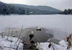 Bolu Abant'ta göller buz tuttu