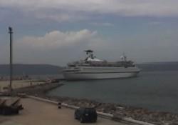 Kepez Limanı'na ilk gemi yanaştı