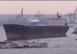Boğaz girişlerinde gemiler yığıldı