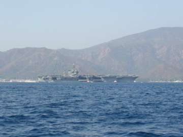 ABD uçak gemisi Güney Kore'de