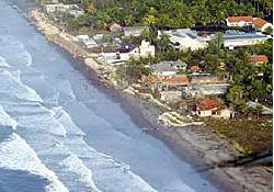Tsunaminin Java'yı vurduğu an