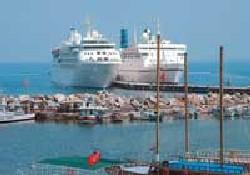 İtalyan gemisi ilk kez Alanya'da
