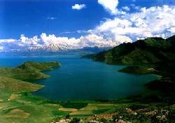 Van Gölü buzları çözecek