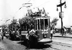 Tramvay 43 yıl sonra köprüde