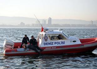 Denizdeki cisimler polisi alarma geçirdi