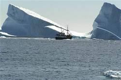 Grönland buz kütlesi hızla eriyor