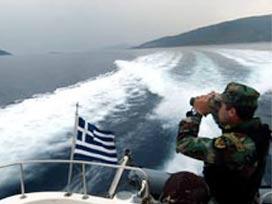 Yunan botu yine karasularımıza girdi