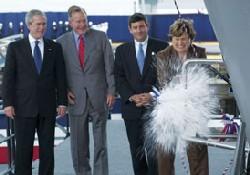 George Bush uçak gemisi denizde