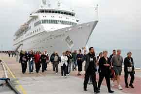 Alanya'ya zengin turist akını