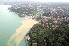 İstanbul Boğazı çamur deryası